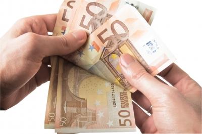 Utiliser un broker pour changer votre argent ; les pour et les contre – SuperExpat.fr