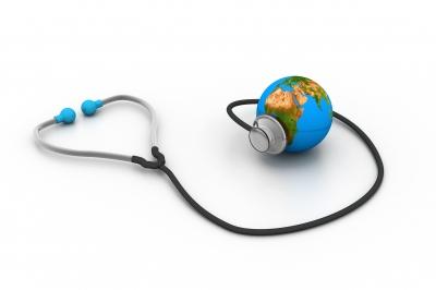 Assurance, que faire lorsque vous emménagez à l'étranger ? SuperExpat.fr
