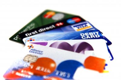 Pourquoi garder son compte bancaire lorsqu'on part vivre à l'étranger ? - SuperExpat.fr