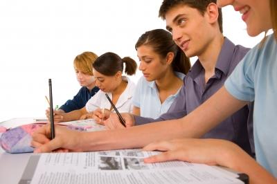 S'assurer lorsqu'on étudie en Europe – SuperExpat.fr