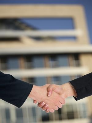 Contrat de travail en expatriation, comment procéder ? SuperExpat.fr