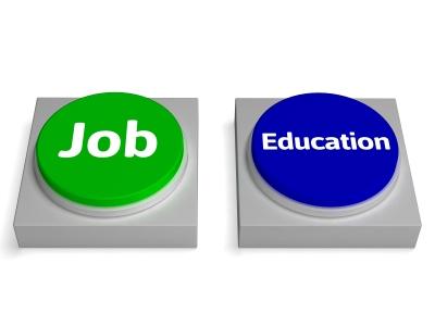Petits boulots pour étudiants à l'étranger – SuperExpat.fr