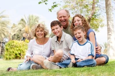 Les prestations familiales et la CAF - SuperExpat.fr